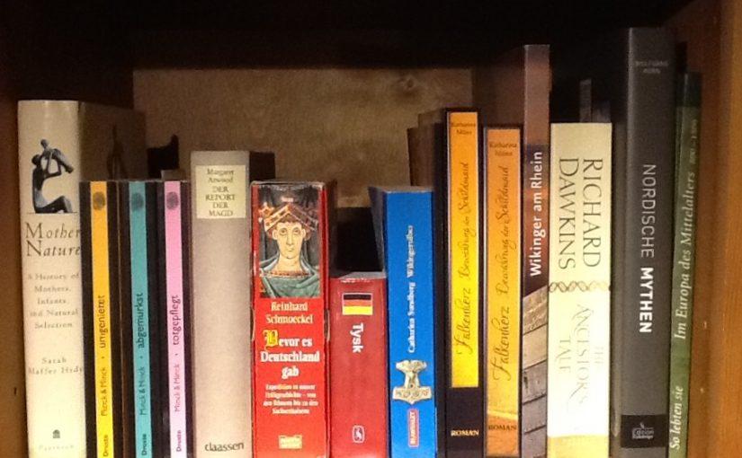 #Autorenwahnsinn Tag 25: Mein Bücherregal