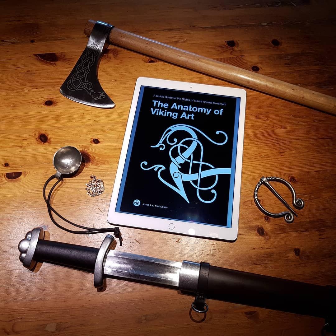 Das große (gratis) Buch über die Anatomie der Wikinger-Kunst